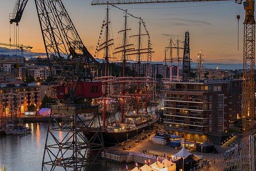 The Tall Ships Races, The Baltic Sea, Aura River, Turku