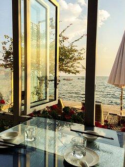 Erhai Lake, Window Sill, Dinner, Romantic