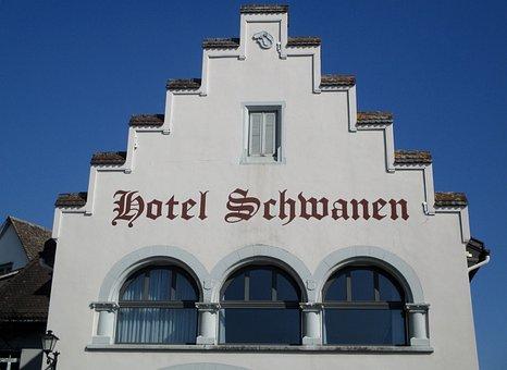 Building, Rapperswil Jona, Hotel Schwanen, Stufendach