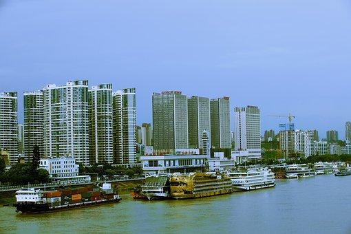 Yichang, Wanda Plaza, Stay In The Boat
