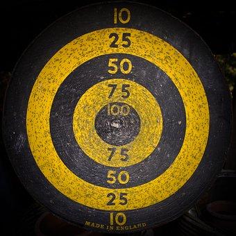 Target, Dart, Bull's Eye, Middle, Delivering
