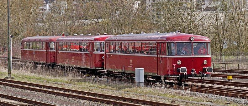 Railbus, Deutsche Bundesbahn, In Three Parts