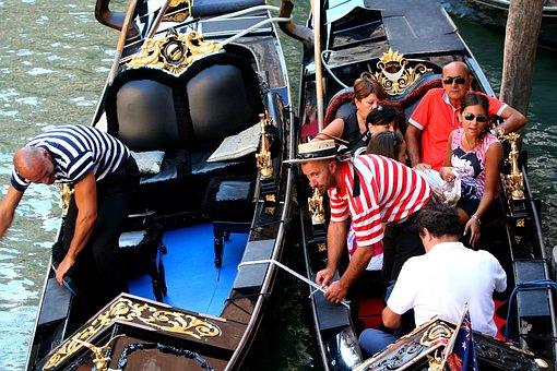 Venice Italy, Gondolas, Gondoliers, Passengers, Water