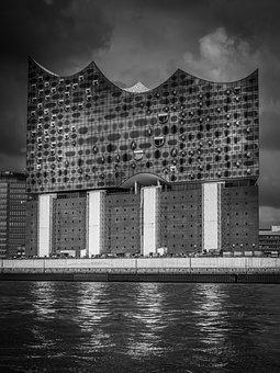 City, Elbe Philharmonic Hall, Big City