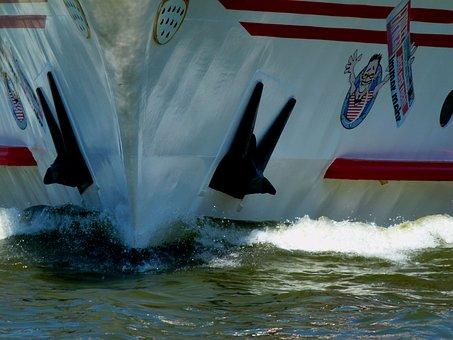 Ship, Bug, Spray, Ferry, Boot, Cruiser, Water, Ornament