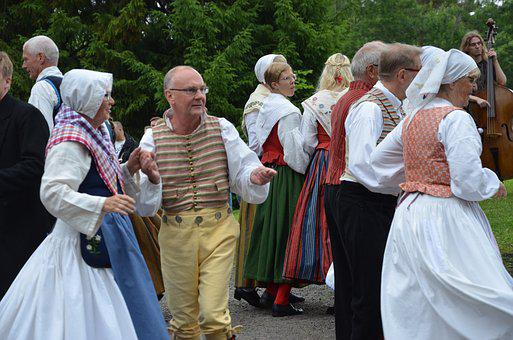 Midsummer, Midsummer Dance, Midsummer Celebration