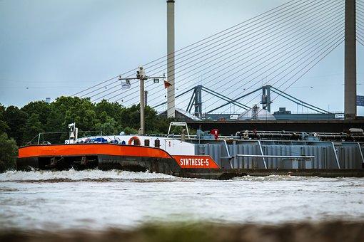 Bug, Ship, River, Bow Wave, Highway Bridge