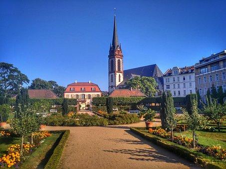 Darmstadt, Hesse, Germany, Prince Georgs-garden, Garden