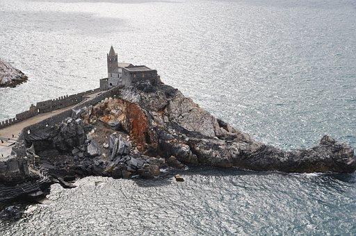 Italy, Liguria, Porto Venere, Church, San Pietro, Rock