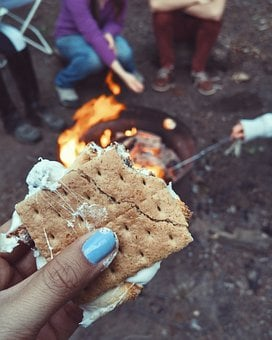 S'more, Food, Snack, Fire, Cooking, Outdoor, Hand, Blur