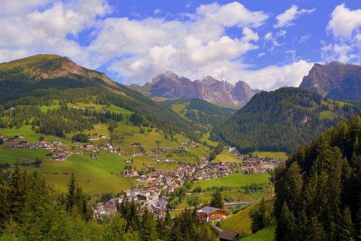 Dolomites, Valgardena, Santa Cristina, Italy, Country