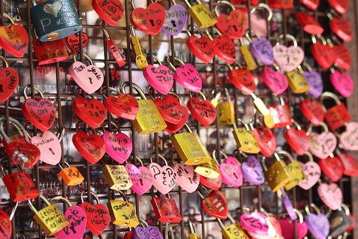 Castle, Key, Love, Verona, Red