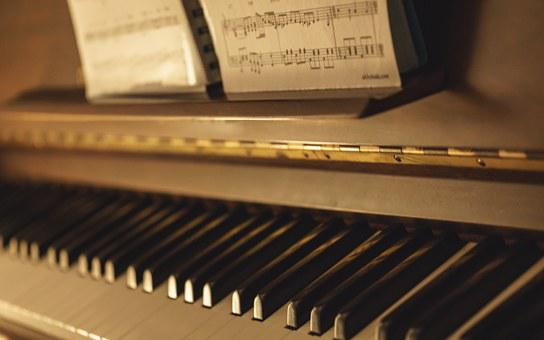 Piano, Keyboard, Instrument, Music, Black, White, Notes