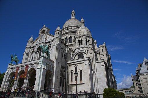 Paris, The Sacre Coeur, Church, Summer