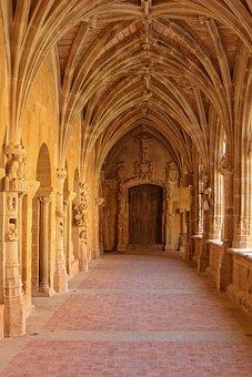 France, Dordogne, Périgord, Cloister Cadouin, Church
