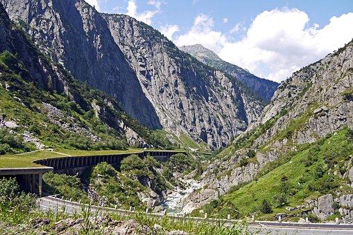 Switzerland, Gotthard, Schöllenen Gorge
