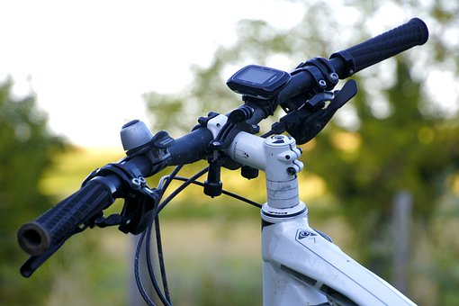 Mountain Biking, Handlebar, Fly, Sport, Sports, Leisure