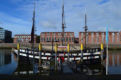 Bremen, City, Weser, Kill, Ships, Pannekoekship