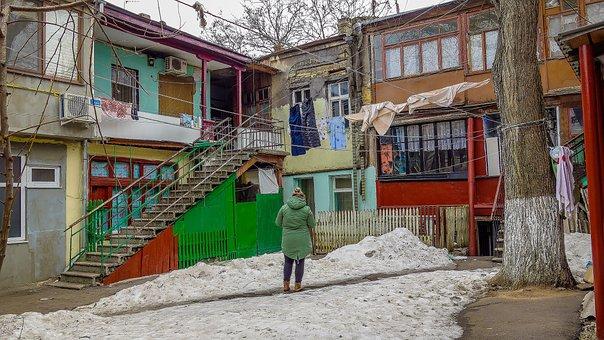 Odessa, Yard, Elimination, Snow, Winter