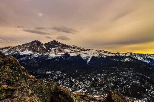 Highland, Mountain, Landscape, Green, Grass, Clouds
