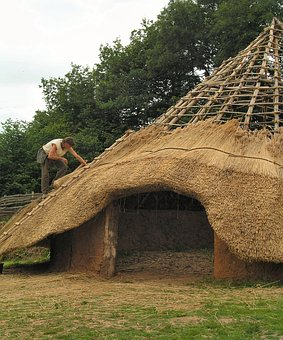 Ironage, Roundhouse, Roofing, Thatch, History