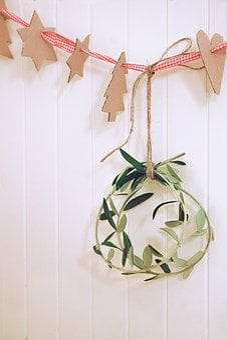 White, Wall, Christmas, Decor, Wreath, Tree, Star