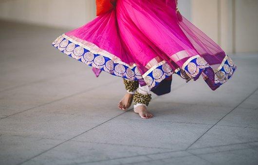 Floor, People, Woman, Dancing, Foot, Dress, Clothing