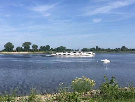 Oceana, Weser, Unterweser, River, Northern Germany