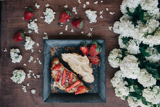 White, Flower, Bread, Strawberry, Fruit, Plate