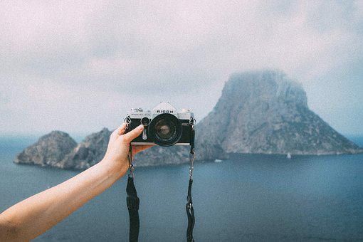 Camera, Lens, Selfie, Slr, Hand, Arm, Island, Mountain