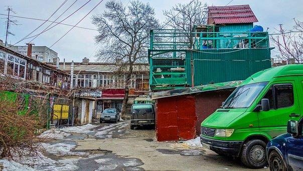 Odessa, Yard, Dovecote, Machinery, Winter