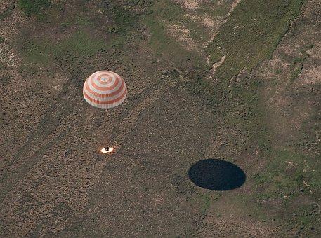 Soyuz, Landing, Space Capsule, Space Travel, Tma 17