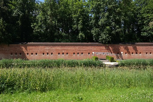 Glacis, Park, New Ulm, Glacis Park, Meadow, Wall