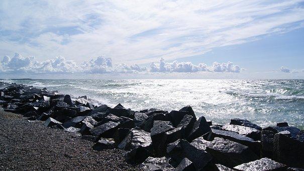 Hiddensee, West Beach, Windy