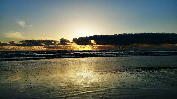 Sunset, Oregon Beach, Clouds