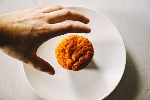 Muffin, Bun, Food, Hands