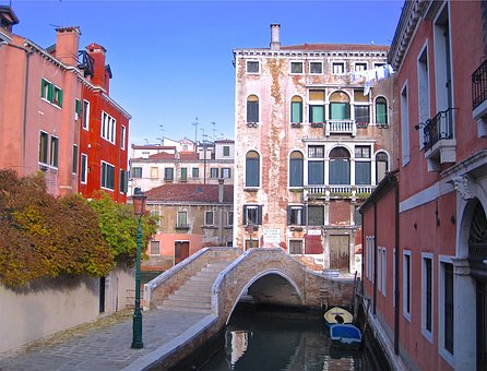 Buildings, Apartments, Balconies, Canal, Water, Boats