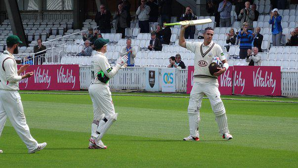 Cricket, Kevin Pietersen, Surrey Cricket Club, Whites