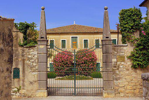 Villa, Entry, Gate, Ancient, Punta San Vigilio, Italy