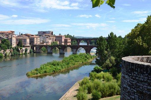 Albi, Bridge, France