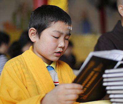 Chanting, By The Book, Han Pass, Buddhism