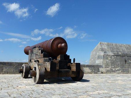 Canon, Fort, Louvois, Strong Louvois, Defence