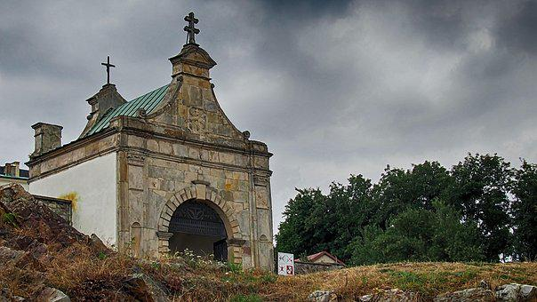 Swietokrzyskie Mountains, Monastery, Abbey