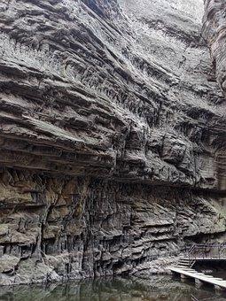 Luoyang, The Grand Canyon