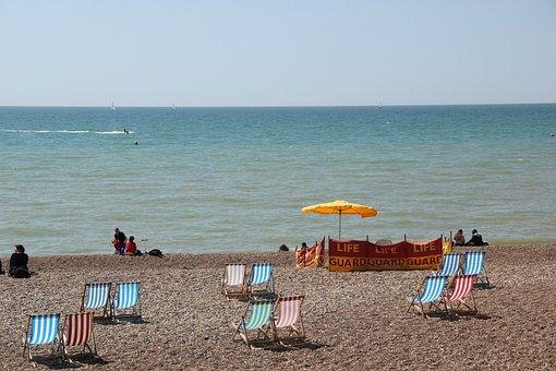 South Gland, Brighton, Beach