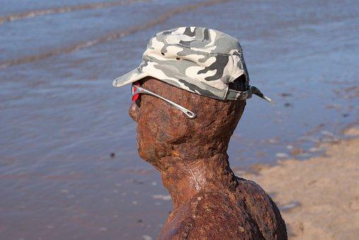Antony Gormley, Crosby Beach, Southport, Statue