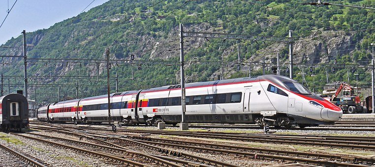 Ice, Switzerland-italy, Brig, Valais, Railway Station