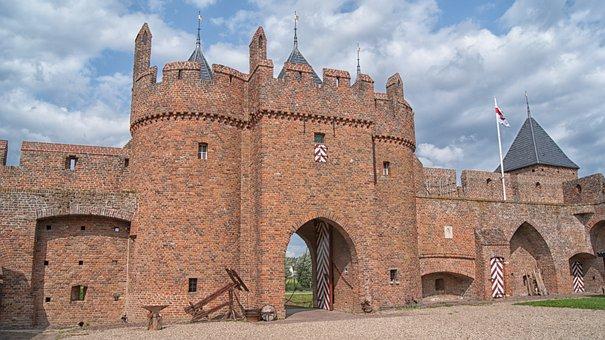 Castle, Castle Doornenburg, Old, History