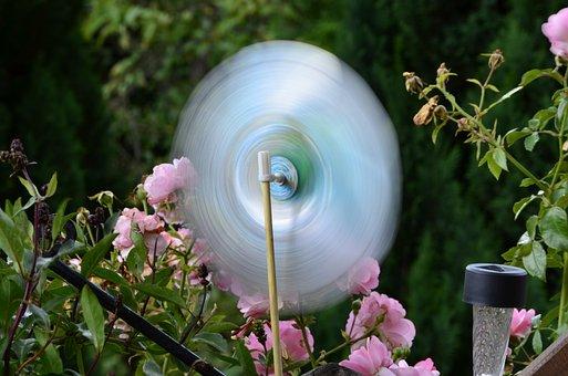 Runner, Windmill, Garden