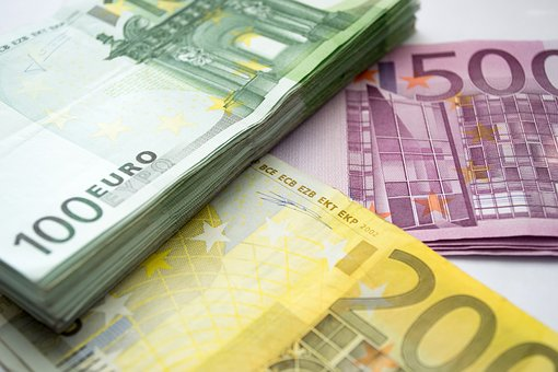Money, Euro, 100 Eur, 200 Eur, 500 Eur, Package
